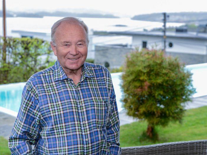 Ole Øystein Haugen foran svømmebassenget